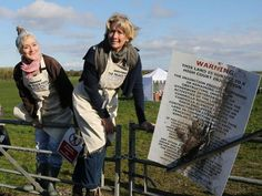 Actresses Emma Thompson (right) and her sister Sophie at a potential fracking site near Preston, where they have broken a court injunction to film a pastiche episode of the Great British Bake Off Emma Thompson, Great British, Renewable Energy, Preston, Competition, Sisters, Environment, Actresses, Activities