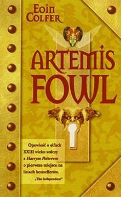 Nowoczesna opowieść o wróżkach, trollach i elfach. Tytułowy Artemis to przedsiębiorczy i niezwykle inteligentny dwunastolatek, potomek sławnego, przestępczego rodu. Pewnego dnia postanawia ukraść elfo...