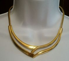 Vintage Crown Trifari Gold Toned Necklace with Snake Chain