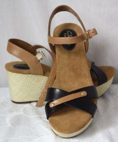 10564e6b3a3 Clarks Artisan Womens Wedge Heel Open Toe Black Brown Sandals Size 8 New   ClarksArtisan