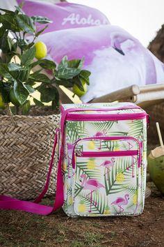 #Kremmerhuset #sommer #summer #tropisk #tropical #pillow #putetrekk #sitrontre #sitron #farger #miljøbilde #lemon #lemontree #pink #gult #yellow #fargepalett #grønt #grønn #stilleben #interiør #husoghjem #hjemme #hjemmet #home #interior #utendørs #outdoors #fluktstol #bambus #kjølebag #cooler #kurv #sjøgress #seaweed #bambus #bamboo