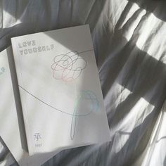 bts aesthetic soft kpop love gourself: her album bedsheets korean idol minimalistic cute kawaii bangtan beyond the scene bangtansonyeondan 방탄소년단 g e o r g i a n a : 방 탄 소 년 단 Korean Aesthetic, White Aesthetic, Aesthetic Photo, Aesthetic Pictures, Likes Youtube, Grunge, Kpop Merch, Album Bts, Bts Wallpaper
