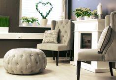 Royal spisestuestol og puff fra Krogh Design. www.krogh-design.no Accent Chairs, Ottoman, Furniture, Design, Home Decor, Homemade Home Decor, Home Furnishings, Design Comics, Decoration Home