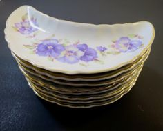 Andrea by Sadek 8 Bone Plates Porcelain Purple Flowers Pansies Violets Fine China Tableware 7753 Hand Painted Made in Japan Gilt Edge Trim