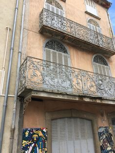 Beautiful balconies, Lagrasse