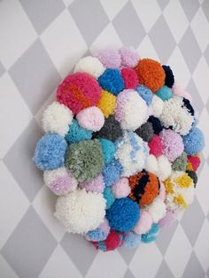 Pom Pom Wall Art | seelected.at