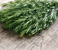 Rosemary Oil Uses and Benefits