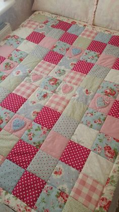 Handmade Patchwork Quilt Eiderdown Throw with Cath Kidston Fabric Rosali Shabby Chic