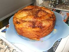 Folar de Páscoa Algarvio (à moda da avó carmo ) massa: 1kg farinha 200g farinha à parte com um pouco de fermento de padeiro, 20g mais ou...