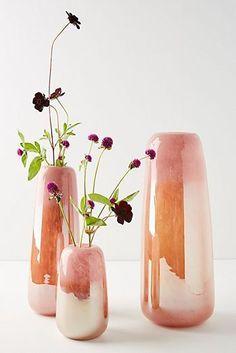 Shop from a wide range of wooden, ceramic flower vase, metal and glass flower vase . Long Metal Vase for Living Room, Home Ceramic Pottery, Ceramic Art, Pottery Vase, Home Decor Accessories, Decorative Accessories, New Shape, Keramik Design, Decoration Inspiration, Decor Ideas