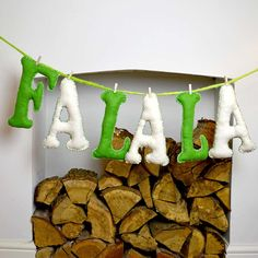 FaLaLa Felt Letters (or any saying) http://www.pillarboxblue.com/giant-christmas-felt-letters/