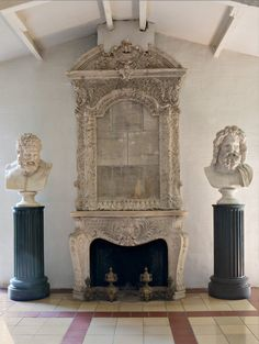 This Greco-Roman inspired fireplace is gorgeous. The detail in the carvings on the mantel and the statues are so intricate. This fireplace would make a great focal point. Fireplace Facade, Home Fireplace, Fireplace Surrounds, Fireplace Design, Fireplace Mantels, Stone Fireplaces, Vintage Stoves, Ivy House, World Of Interiors