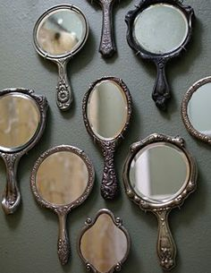 wall of hand mirrors....would love this in my closet room or bathroom