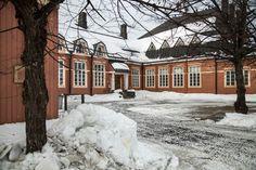 Porthanin koulu, Tornio Finland, Sweden, Parks, Travelling, Public, Map, Architecture, Outdoor, Arquitetura