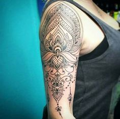 kadın kol dövmeleri mandala arm tattoo for woman - best tattoo Mandala Tattoos For Women, Mandala Arm Tattoos, Tattoo Dotwork, Unique Tattoos For Women, Tattoos Geometric, Tattoos For Women Half Sleeve, Tattoo Designs For Women, Trendy Tattoos, Mandala Tattoo Sleeve Women
