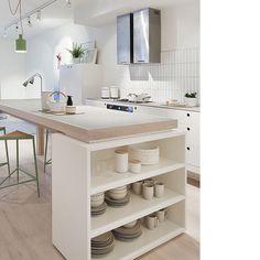 • quem não precisa de muito espaço? A dica é: aproveite todos!!! Rsrsrs..  #apto41inspira #apto41kitchen #homedecor #decor #kitchen