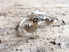Cuteness (and kekas rock! Cute Cuts, Tiny Heart, Love Ring, Sterling Silver Rings, Felt, Band, Kiwi, Sparkles, Indie