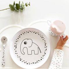 Done by Deer tuitbeker happy dots #roze  #donebydeer #pink #lunch #breakfast #dinner #elphee #babymusthave #kidsmusthave #littlethingz2