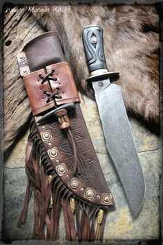 "Saved from Wayne Morgan Knives Face Book Photos page. Just stumbled upon his work while looking for content for this Board. Glad I found him! Awesome work! ""Visit"" link should go to his FB page. Check him out!"
