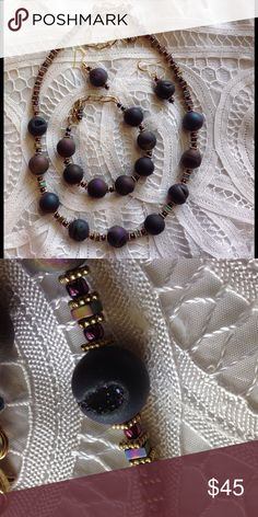 Meteorite Druzy necklace, earrings and bracelet. 💖 Complete set💖💖 Beautiful shades of dark purple, picture does not do justice ❣❣Meteorite Druzy,  just gorgeous ❣❣ Jewelry