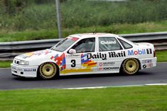 Round 12 of the 1993 British Touring Car Championship. Round 12 of the 1993 British Touring Car Championship. Gm Car, Old Race Cars, Old Classic Cars, Car Tuning, Touring, Super Cars, Chevrolet, British, Pista