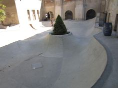Kopenicker DIY Berlin Backyard Skatepark, Skateboard Ramps, Bike Parking, Parking Design, Skate Park, Berlin, Cool Designs, Exterior, Skateboarding