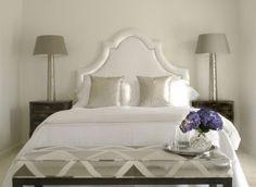 White Gray Silver Blue Glamorous Bedroom Décor Ideas