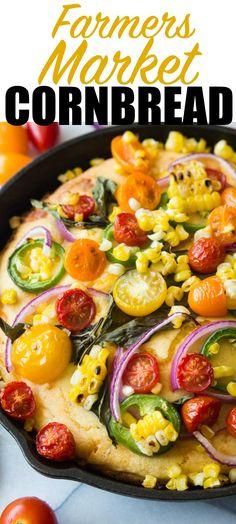 Das Maisbrot mit frisch gegrillten Mais, Käse geladen und mit Bauernmarkt findet gekrönt!  Tomate, Jalapeño, roten Zwiebeln, frischem Basilikum und noch mehr gegrilltem Mais!  Machen Sie es Ihre Selbst, indem Sie Ihre eigenen Toppings addieren!