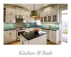Backsplash color- amazing. I want to cook here.