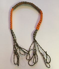 QUACK QUACK…Calling all Duck Hunters! This week's paracord project is a duck tote to go around your neck or shoulder. The one in our example has 8 loops on the pink tote and 10 loops on… Duck Hunting Gear, Waterfowl Hunting, Hunting Stuff, Hunting Tips, Duck Call Lanyard, Decoy Carving, Duck Calls, Crossbow Hunting, Paracord Projects