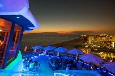 1. Spinners Rooftop Revolving Bistro, St. Pete Beach