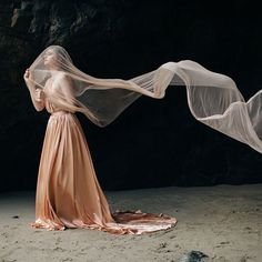 this majestic fine art composition of a copper gold dress by emily riggs and the light and flowing veil are very modern and artsy Renaissance Wedding Dresses, Gold Wedding Gowns, Footprints In The Sand, Tuscany Wedding Venue, Italy Wedding, Copper Wedding, Bridal Session, Gold Dress, Copper Dress