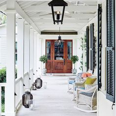 Welcoming Saturday like Come on in by tapping the link in our bio. : Colleton River, South Carolina : @pfephoto, Architectural Design: @historicalconcepts, Interior Design: @jbanksdesign