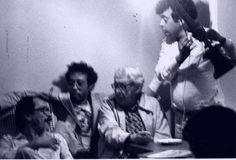 João Ubaldo Ribeiro, Jards Macalé, Alberto Cavalcanti e Glauber Rocha em 1979, fotografados por Paula Maria Gaitán.  Veja também: http://semioticas1.blogspot.com.br/2013/04/o-novo-jards_8633.html
