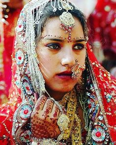 @payalworld ❤ looking beautiful in #treditionallook  follow @desibridel watchMore  #repost #indianweddings #wedding #weddingmakeup #makeup  #dulhan #dulhanmehendi  #fashionweek  #photography #lollywood #bollywoodactress  #pakistanibride #lahanga #dulhanmehendi #bridefashion  #photoshootbride #bride #bridalmakeup #bridaljwellary #indianculture #treditional #shadi #bridelmagazine #asianbride #erotic #bold #missindia #missworld #cleavage  Plz follow. #desibride
