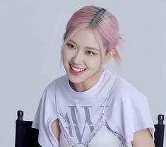 South Korean Girls, Korean Girl Groups, Instagram Roses, Rose Icon, Rose Park, Blackpink Photos, Park Chaeyoung, Blackpink Jisoo, My Girl