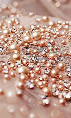Rose Gold Pearls by Elie Saab Fall 2014 ~ ⚜️ Nice aesthetic . - Rose Gold Pearls by Elie Saab Fall 2014 ~ ⚜️ Nice aesthetic …, # äs… Rose Gold Pearls by Elie Saab Fall 2014 ~ ⚜️ Nice aesthetic …, # -
