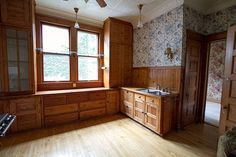 Looks like Victorian kitchens were large boxes with limited counter space. I think a lot of work was done on a central table.