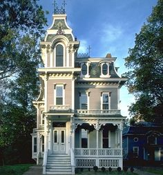 Victorian Design | Historic Architecture | Curb Appeal | Ornate Houses | Stately