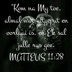 God is liefde Great Quotes, Quotes To Live By, Afrikaans Quotes, The Secret Book, Prayer Board, He Loves Me, Bible Verses, Scriptures, Christian Faith