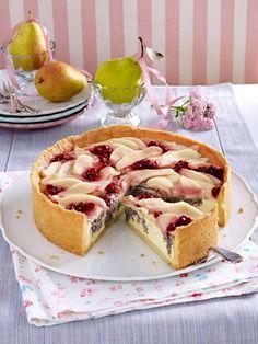 Mohnkuchen RezepteDer Klassiker in der Kuchentheke: der Mohnkuchen. Ein altbewährtes Original, das auf keinem Kaffeekränzchen fehlen