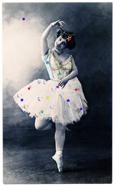 Old Photo - Super Pretty Ballerina with Sparkles - The Graphics Fairy