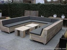 www.palletwoodprojects.com wp-content uploads 2016 09 Upcycled-Pallet-Lounge-Furniture.jpg