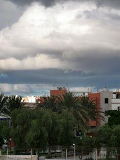 CANARIAS  FOTOS   Canary Islands Photos: Puerto del Rosario, Fuerteventura..Nubes sobre la ...