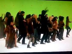 Flash mob dance-off on Breaking Dawn 2 from deleted scenes.