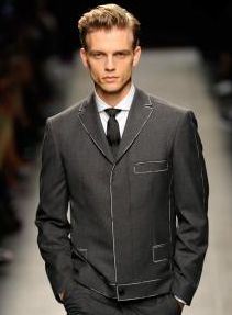 Bottega Veneta spring/summer 2014 Love the subtly changing colour of the trim to give rougher look
