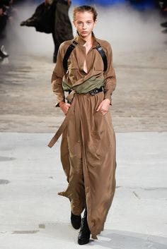 A.F. Vandevorst Spring 2015 Ready-to-Wear Collection Photos - Vogue
