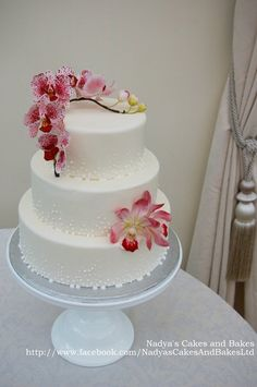This is yet another wedding show cake