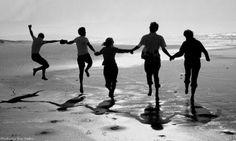 Estudos Biblicos: A Importância de termos amigos
