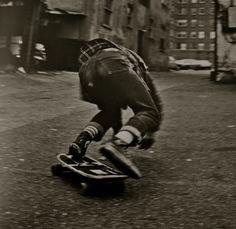 Slide, Seattle by Michael Levine Skate 3, Skate Style, Skate Board, Street Basketball, Sports Basketball, Bufoni, Old School Skateboards, Skate And Destroy, Skater Boys